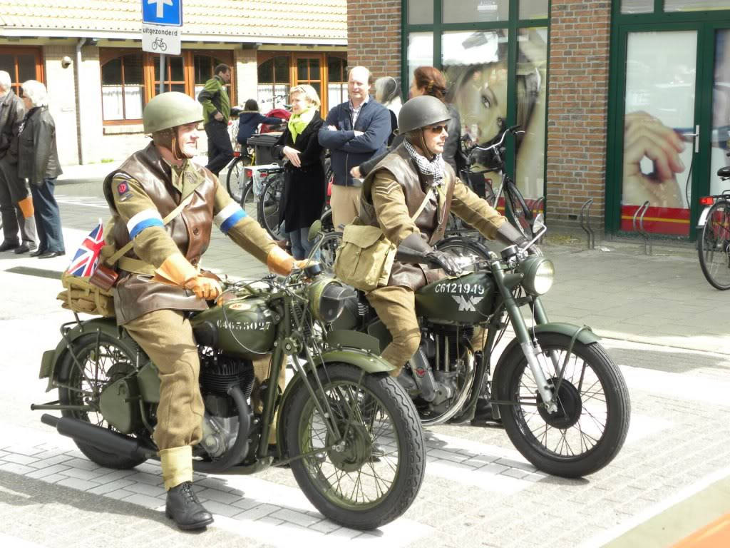Matchless G3L 1949  BSA M20 1940