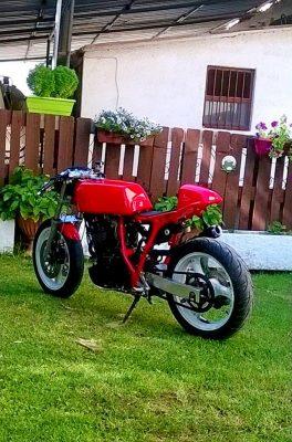 Yamaha XL600 Tenere cafe racer χειροποίητο